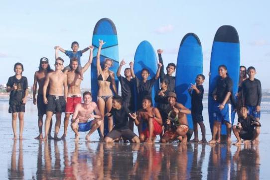 Bali Green Surf