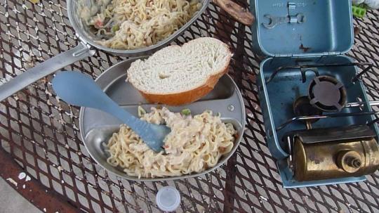 food while hiking